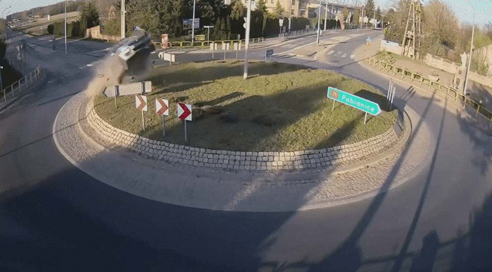poland car crashed into roundabout