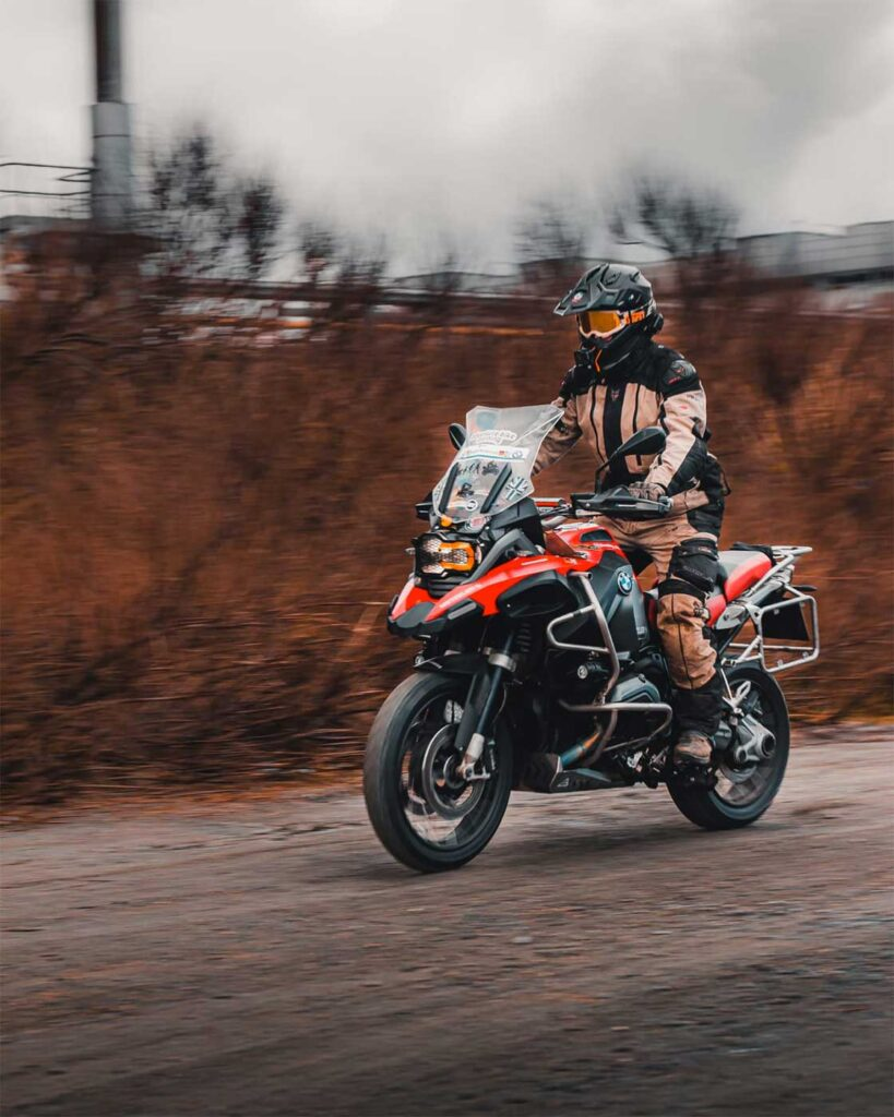 bmw r1200gs a motorcycle review